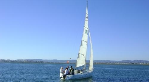 Barcos à vela para aluguer no Algarve em Faro. Ria Formosa